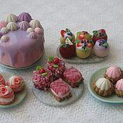 Куклы и игрушки ручной работы. Ярмарка Мастеров - ручная работа Пирожные для кукол (кулинарная миниатюра из полимерной глины). Handmade.