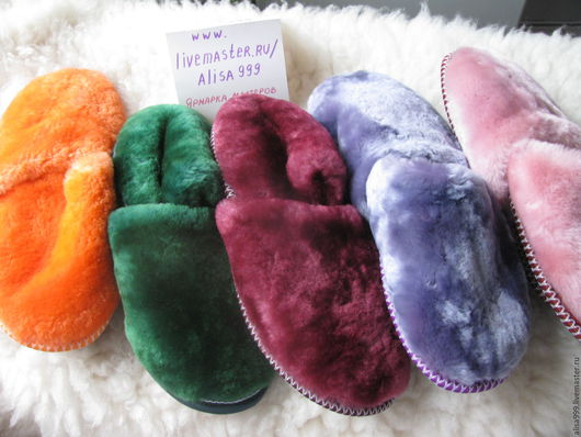 Обувь ручной работы. Ярмарка Мастеров - ручная работа. Купить Женские меховые тапочки из овчины,закрытый мыс. Handmade.