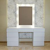 Столы ручной работы. Ярмарка Мастеров - ручная работа Туалетный столик + зеркало с подсветкой. Handmade.