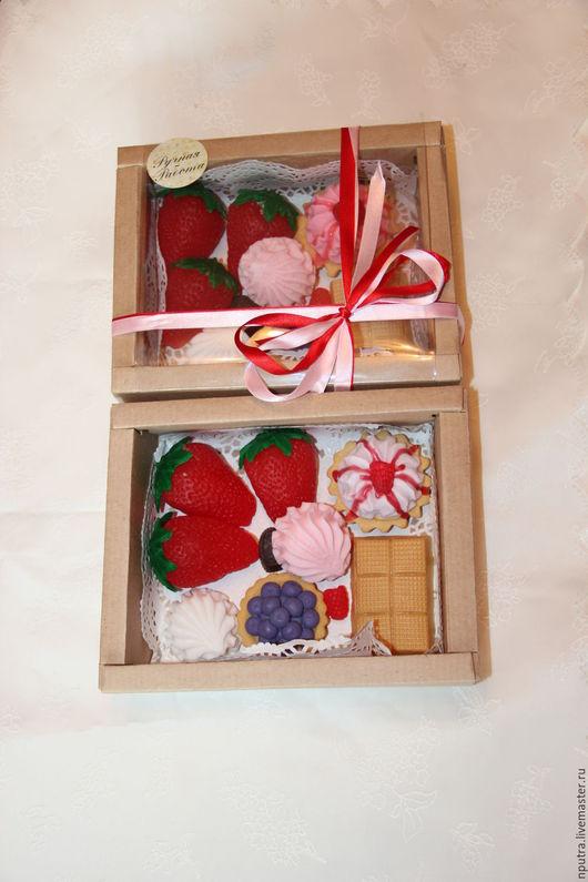 Персональные подарки ручной работы. Ярмарка Мастеров - ручная работа. Купить набор мыльных пирожных. Handmade. Пирожные, птичье молоко