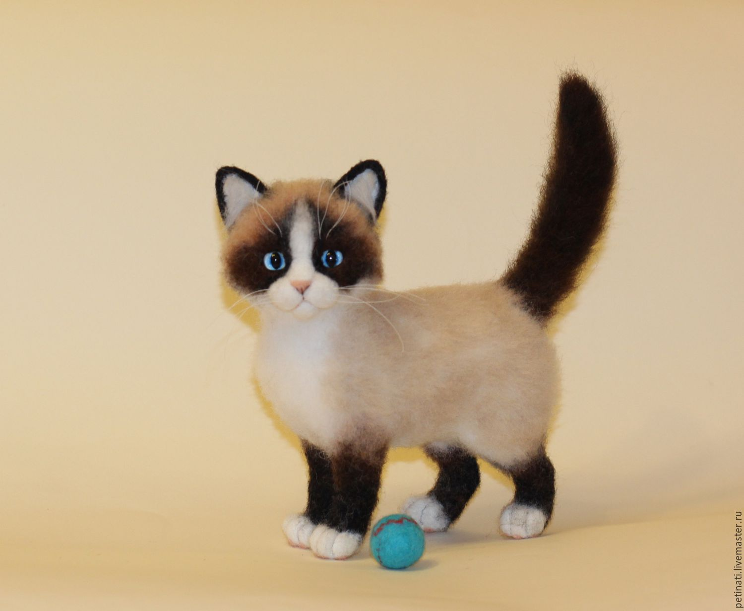 "Buy Cat breed snowshoe"" name ""Kaori"" on Livemaster online shop"