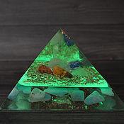 """Ритуальная атрибутика ручной работы. Ярмарка Мастеров - ручная работа Пирамида """"Оргонит"""" золотое сечение светящаяся. Handmade."""