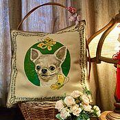 Подушки ручной работы. Ярмарка Мастеров - ручная работа Декоративная подушка с ручной росписью «Собака-улыбака». Handmade.