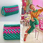 """Сумки и аксессуары handmade. Livemaster - original item Small knitted clutch """"Green and fuchsia"""". Handmade."""
