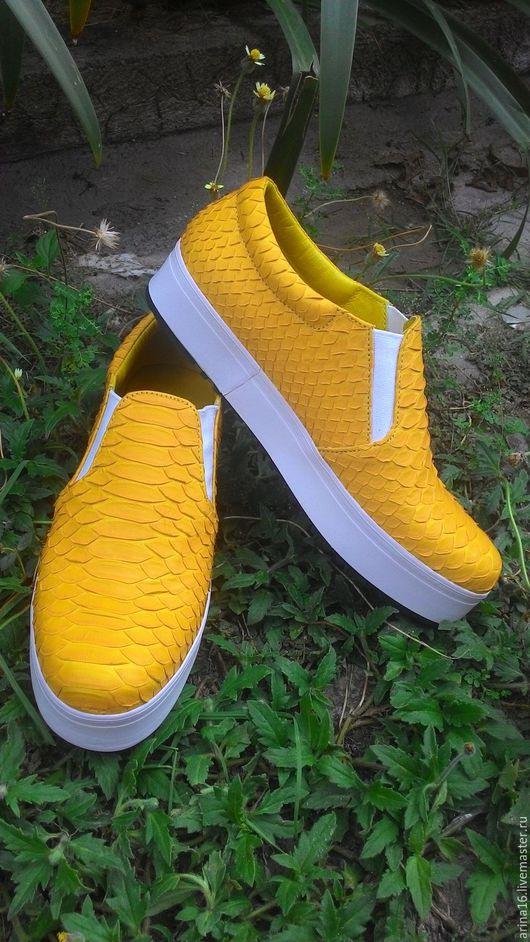 Обувь ручной работы. Ярмарка Мастеров - ручная работа. Купить Слипоны ярко- желтые. Handmade. Желтый, Кеды из питона