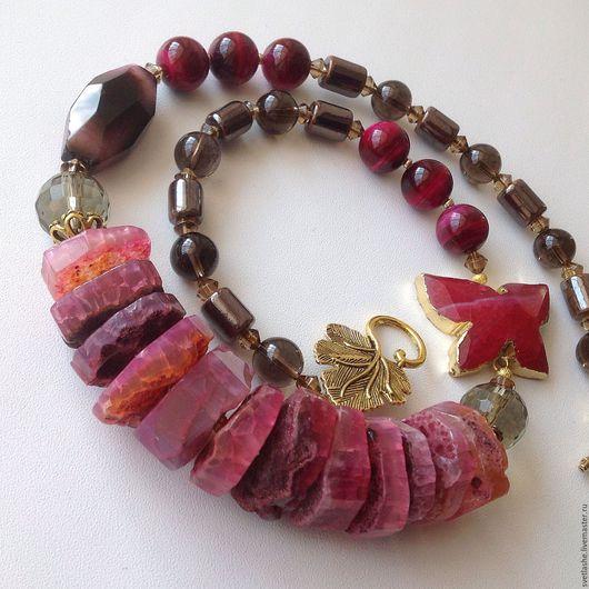 Колье бусы ожерелье крупные из Агата раухтопаза бычьего глаза купить в подарок девушке женщине любимой подруге украшение на шею из натуральных камней стильное авторское дизайнерское розовое фуксия