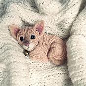 Куклы и игрушки ручной работы. Ярмарка Мастеров - ручная работа Брошка Котёнок Сфинкса. Handmade.