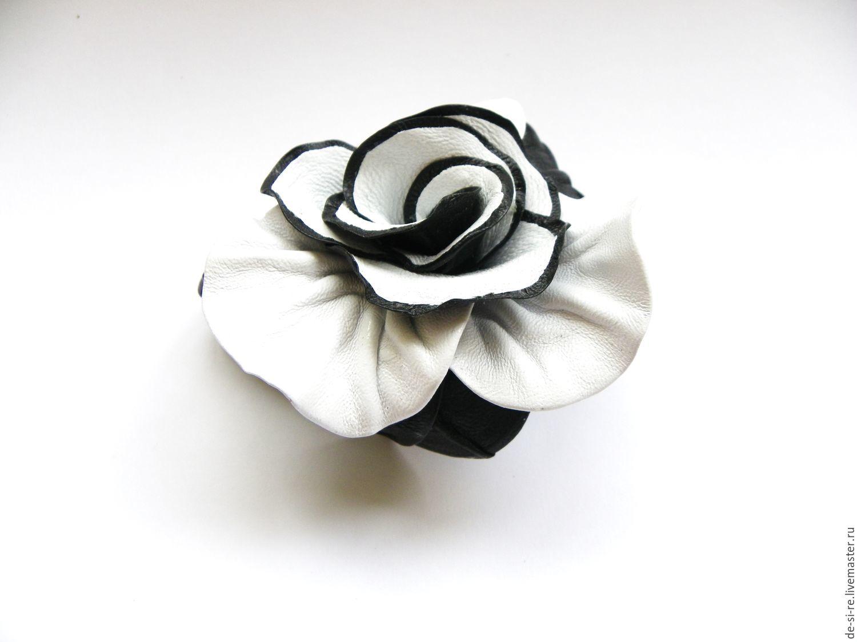 Брошь цветок объёмная из кожи роза `Контраст` черно.белая  Брошь на сумку, пояс, шляпу, пальто, шубу, пиджак, платье, свитер,шарф,шаль, платок, палантин, верхнюю одежду.  Подарок женщине, себе любимой