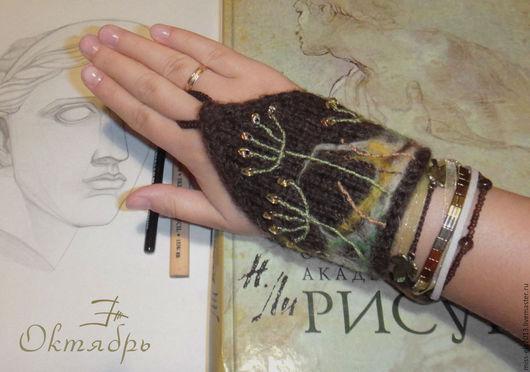 """Браслеты ручной работы. Ярмарка Мастеров - ручная работа. Купить Украшение на руку """"Октябрь"""". Handmade. Хаки, вышивка, хлопок 100%"""