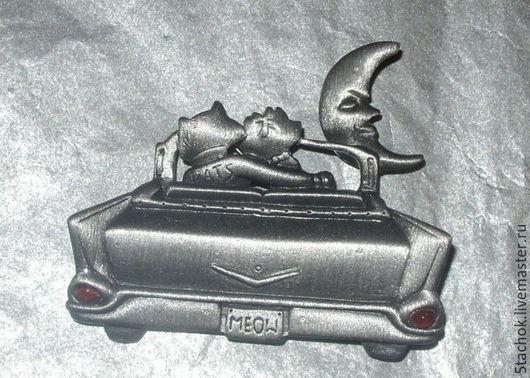 """Винтажные украшения. Ярмарка Мастеров - ручная работа. Купить Брошь """"Кот и кошечка в кабриолете"""" под олово(A.J.C. США). Handmade."""