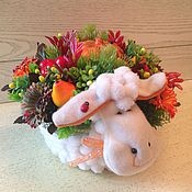 Цветы и флористика ручной работы. Ярмарка Мастеров - ручная работа Интерьерная композиция.Большая рыжая осенняя овечка. Handmade.