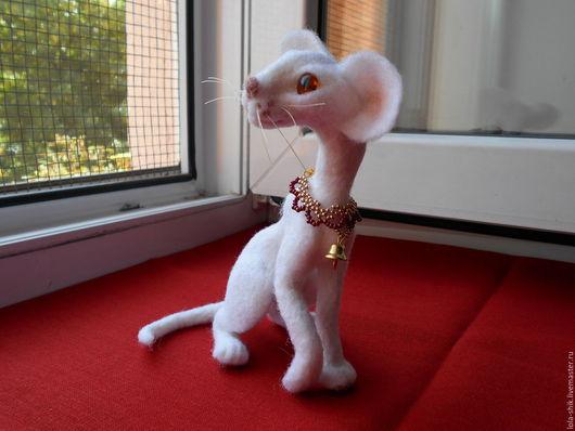 Игрушки животные, ручной работы. Ярмарка Мастеров - ручная работа. Купить Белая ориентальная кошка. Handmade. Белый, кошка