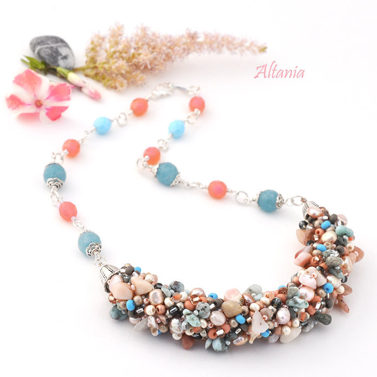 Necklace in blue and pink colours. Massive necklace of beads, stone chips, pearls and Czech beads. Original jewelry from Altania.