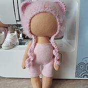 Одежда для кукол ручной работы. Ярмарка Мастеров - ручная работа Шапочка мишка для текстильной куклы.. Handmade.