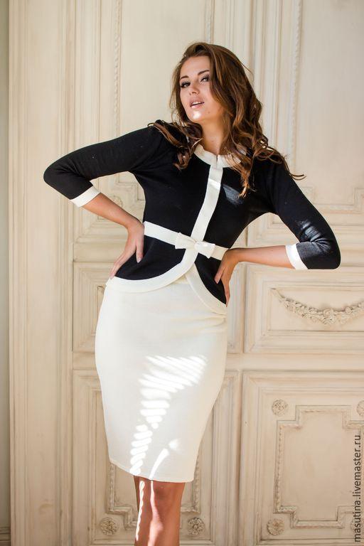 Белый костюм классический женский доставка