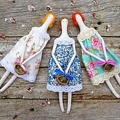 Куклы и игрушки ручной работы. Ярмарка Мастеров - ручная работа Кукла Тильда, пасхальный сувенир с корзинкой. Handmade.