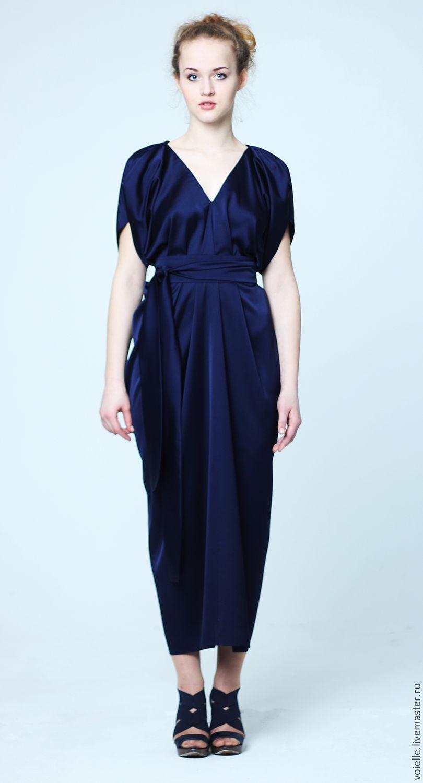 Темно-синее платье для таинственного образа