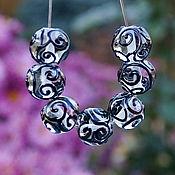 Материалы для творчества handmade. Livemaster - original item Beads with swirls of black on a transparent piece 12х12mm. Handmade.