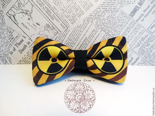 Галстуки, бабочки ручной работы. Ярмарка Мастеров - ручная работа. Купить Галстук-бабочка Радиация/ осторожно радиация/ ядерная / АЭС/ Чернобыль. Handmade.