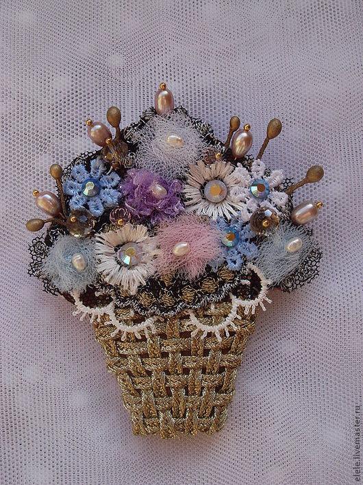 Броши ручной работы. Ярмарка Мастеров - ручная работа. Купить Корзинка весенних цветов. Handmade. Золотой, сутаж
