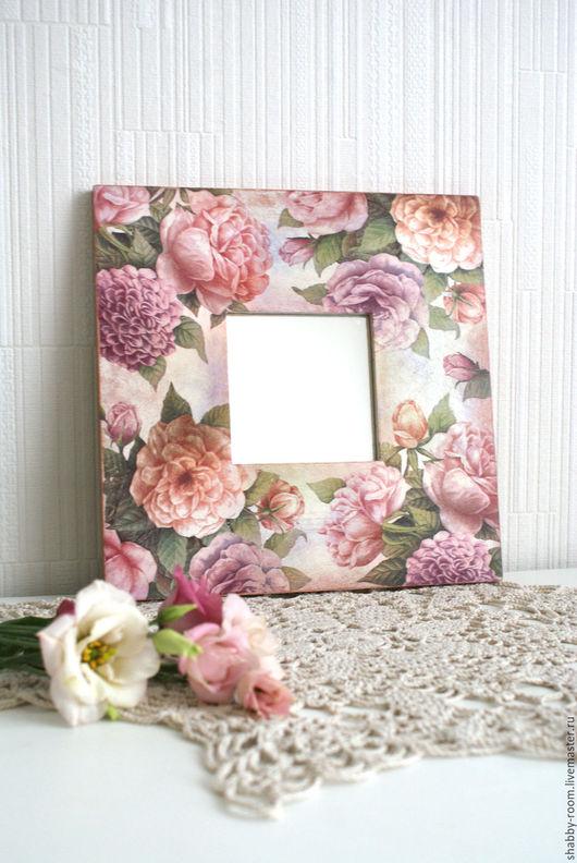зеркало ручной работы. декор в технике декупаж цветами. shabby room