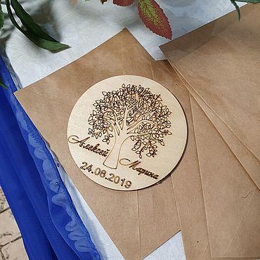 Свадебный салон ручной работы. Ярмарка Мастеров - ручная работа Подарки: Магнитик в подарок гостям. Handmade.