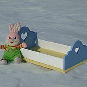 Куклы и игрушки ручной работы. Ярмарка Мастеров - ручная работа Кроватка для кукол «Белоснежка». Handmade.
