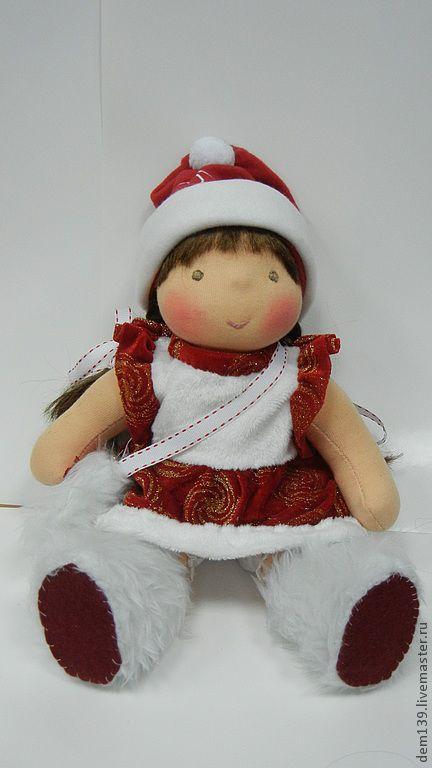 Человечки ручной работы. Ярмарка Мастеров - ручная работа. Купить Текстильная кукла  для Таисии. Handmade. Ярко-красный, подарок на новый год