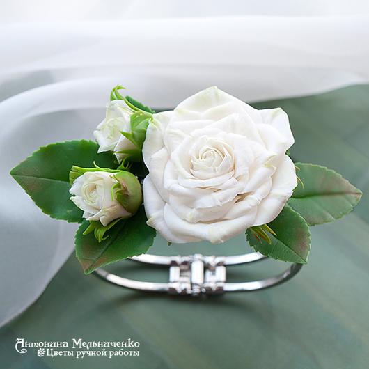 """Браслеты ручной работы. Ярмарка Мастеров - ручная работа. Купить Браслет """"Белые розы"""". Handmade. Холодный фарфор, весна, свадьба"""