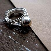 Украшения ручной работы. Ярмарка Мастеров - ручная работа Серебряное плетеное кольцо с шаром. Handmade.