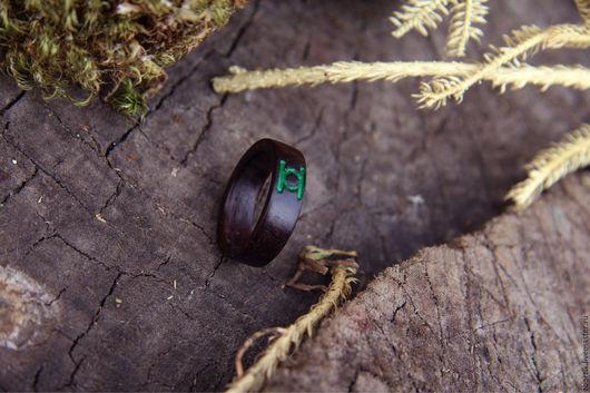"""Кольца ручной работы. Ярмарка Мастеров - ручная работа. Купить Деревянное кольцо """"Зеленый фонарь"""". Handmade. Подарок девушке, свадьба"""