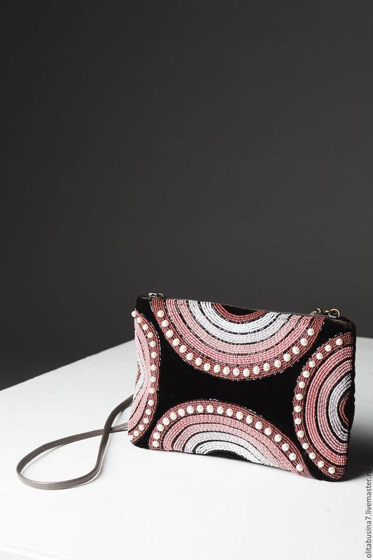 Женские сумки ручной работы. Ярмарка Мастеров - ручная работа. Купить Вечерняя сумочка из бархата «Радуга»,вышивка бисером. Handmade.