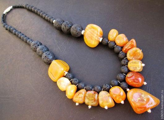 Колье, бусы ручной работы. Ярмарка Мастеров - ручная работа. Купить ожерелье из агата и вулканической лавы РЫЖИЙ БЕРЕГ. Handmade.