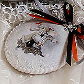 Подарки к праздникам handmade. Livemaster - original item Christmas set candy dish and a medallion