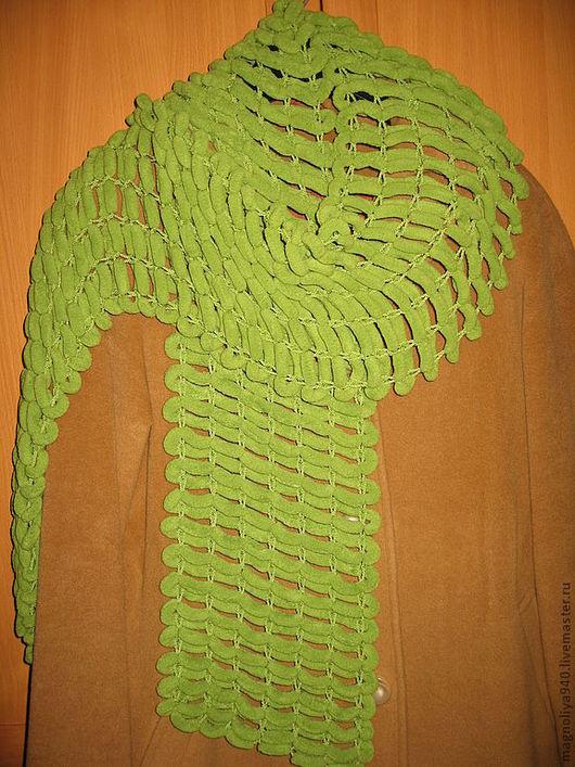 Пончо ручной работы. Ярмарка Мастеров - ручная работа. Купить Пушистый зелёный шарф. Handmade. Зеленый, пряжа акрил