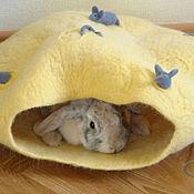 """Для домашних животных, ручной работы. Ярмарка Мастеров - ручная работа Лежака для кошек и собак """"Сырный дом для мышек"""". Handmade."""