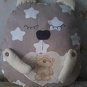 Для дома и интерьера ручной работы. Ярмарка Мастеров - ручная работа Мишка-сплюшка, подушка АУКЦИОН. Handmade.
