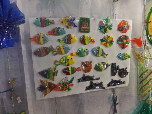 Магниты ручной работы. Ярмарка Мастеров - ручная работа. Купить Магниты из цветного стекла. Рыбки, Кошки, Цветы.. Handmade. Разноцветный