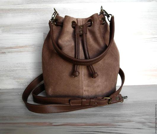 Женские сумки ручной работы. Ярмарка Мастеров - ручная работа. Купить Кожаная сумка на плечо.Темно-коричневый,коричневый.Кожаная сумка. Handmade.