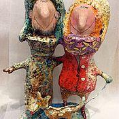 Куклы и пупсы ручной работы. Ярмарка Мастеров - ручная работа Парочка на прогулке,  игрушка в подарок, папье-маше. Handmade.
