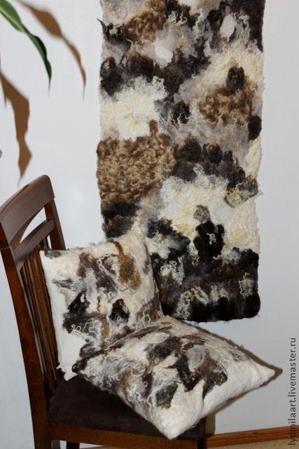 """Текстиль, ковры ручной работы. Ярмарка Мастеров - ручная работа. Купить Панно валяное """" Тундра"""" и 2 подушечки. Handmade."""