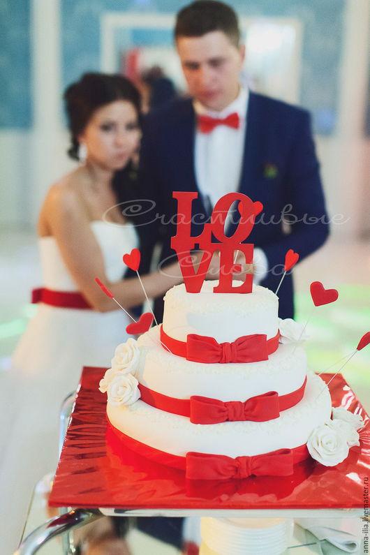 Свадебные аксессуары ручной работы. Ярмарка Мастеров - ручная работа. Купить Украшение на торт. Handmade. Ярко-красный, свадьба, торт
