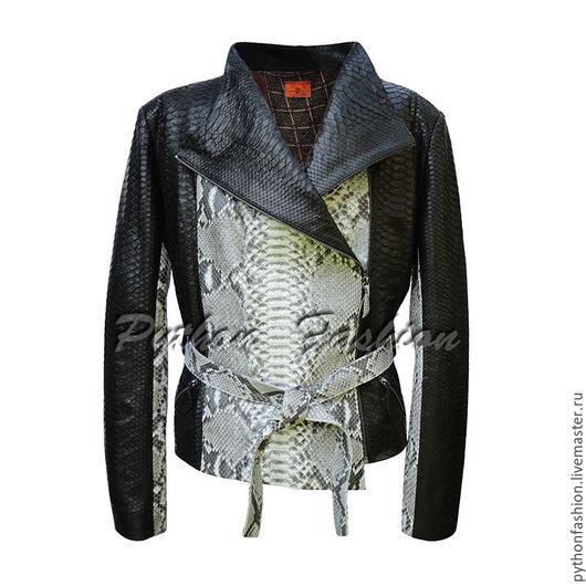 Куртка из питона. Дизайнерская женская куртка из питона с поясом. Красивая авторская куртка из кожи питона. Стильная женская одежда ручной работы на заказ. Кожаная женская куртка из питона на весну.