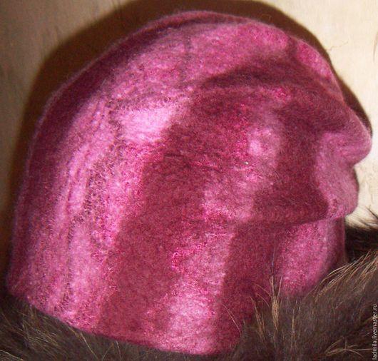 """Шапки ручной работы. Ярмарка Мастеров - ручная работа. Купить Валяная шапка """"Зимняя вишня"""". Handmade. Комбинированный, головные уборы"""