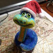 Куклы и игрушки ручной работы. Ярмарка Мастеров - ручная работа Новогодняя змейка. Handmade.