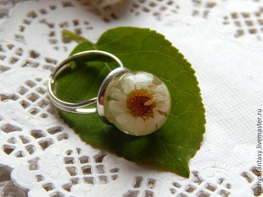 Кольца ручной работы. Ярмарка Мастеров - ручная работа. Купить кольцо с ромашками на заказ из эпоксидной смолы бохо, русский стиль. Handmade.