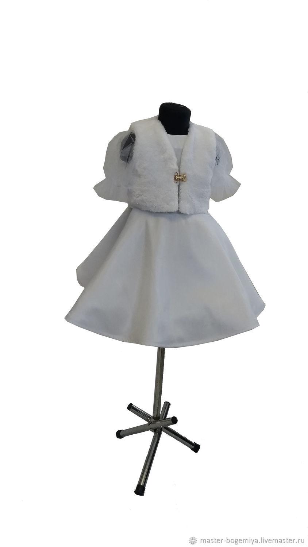 Белое платье с золотым бантом Подснежник
