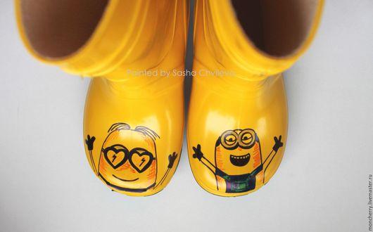 Обувь ручной работы. Ярмарка Мастеров - ручная работа. Купить Резиновые сапоги Миньоны. Сапожки с ручной росписью. Handmade. Желтый