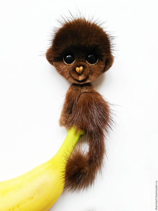 Броши ручной работы. Ярмарка Мастеров - ручная работа. Купить Норковая обезьянка Мокко. Handmade. Коричневый, подарок для женщины