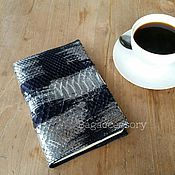 Канцелярские товары handmade. Livemaster - original item Cover Notepad made of genuine Python leather. Handmade.